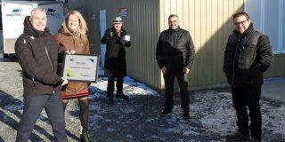 Luc Girard, Geneviève Hardy, Patrice Barbeau et Dany Bergeron en compagnie d'Yvon Deshaies, maire de Louiseville